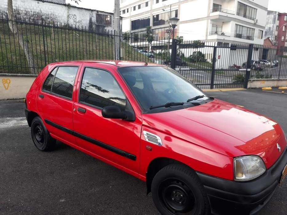 Renault Clio  1997 - 220000 km