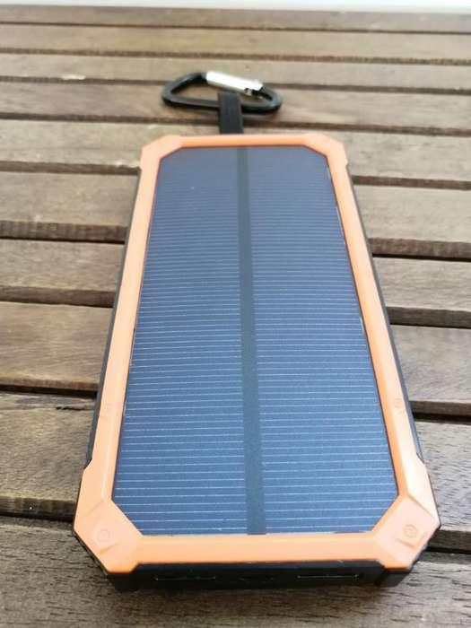 Cargador Portátil Solar 300.000mah