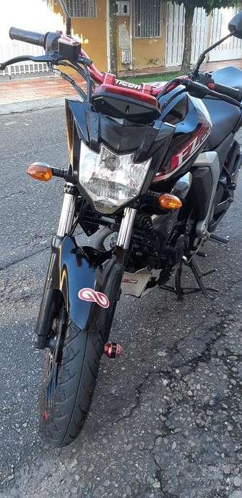 Moto <strong>yamaha</strong> Fz 2.0 Modelo 2016