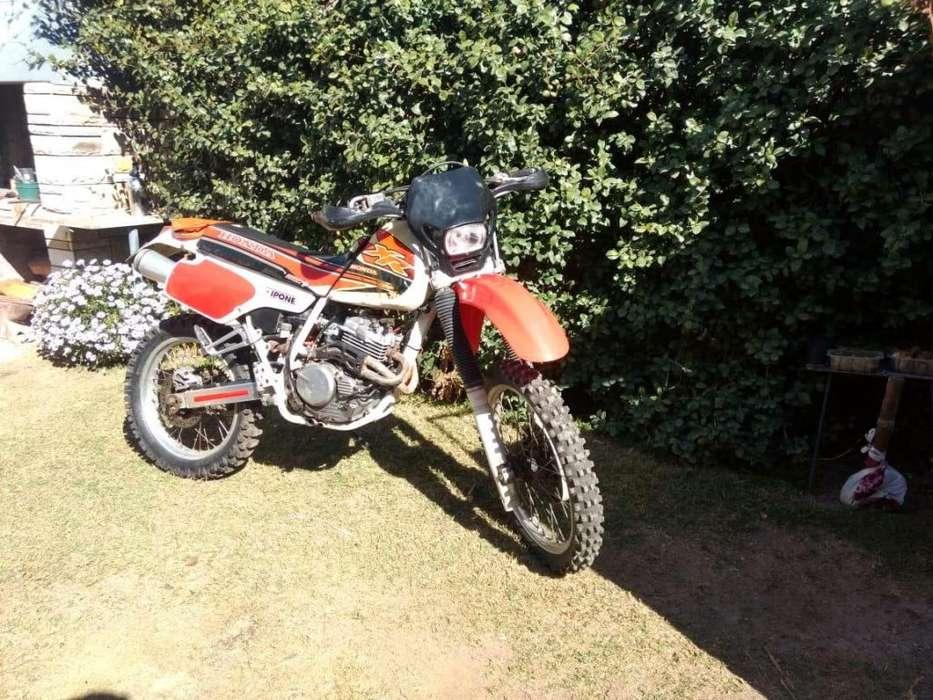 Moto Xr Honda 250 r