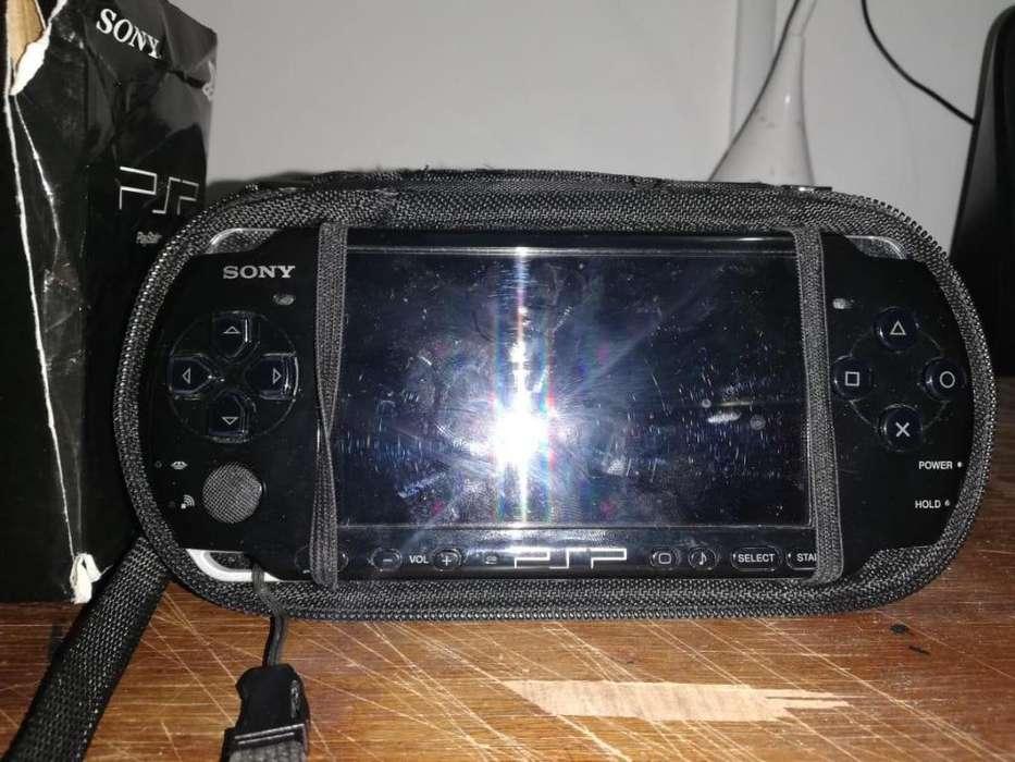 Vendo PSP PIANO BLACK 3001 ORIGINAL!!