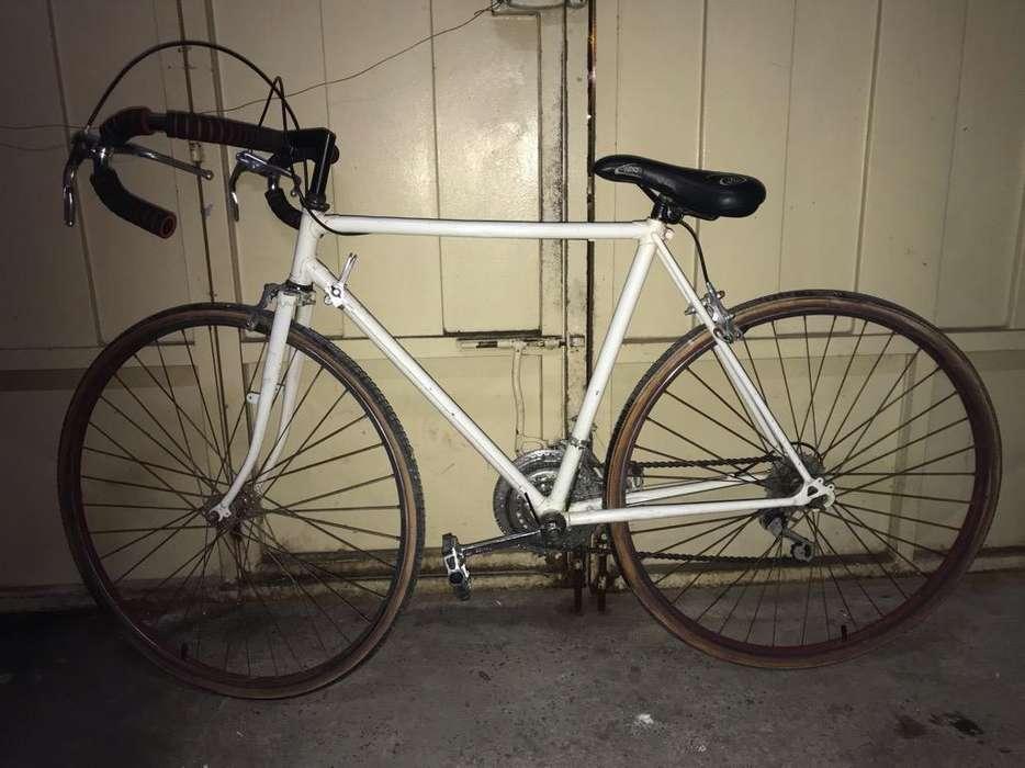 <strong>bicicleta</strong> de Carreras