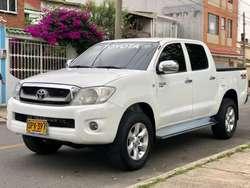Vendo Toyota Hilux Modelo 2011 4x4 Disel