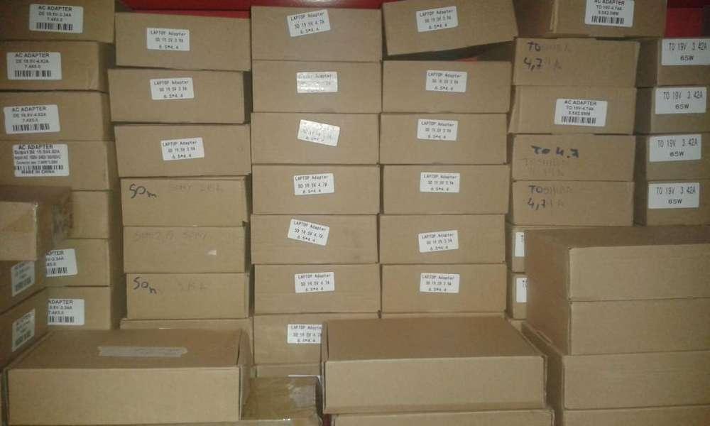 cargadores de laptops con garantia varios para hp,toshiba,dell,lenovo,sony,samsung,asus,acer,macbook modelos nuevos