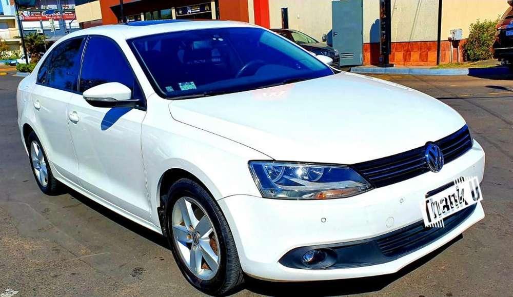 Volkswagen Vento 2013 - 65000 km