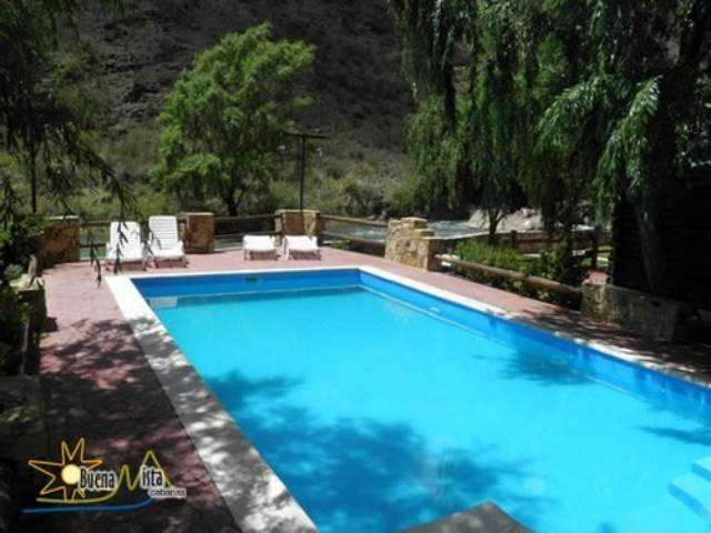 kj98 - Cabaña para 2 a 5 personas con pileta y cochera en Valle Grande o Cañon del Atuel
