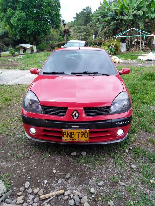 Renault Clio  2004 - 167000 km