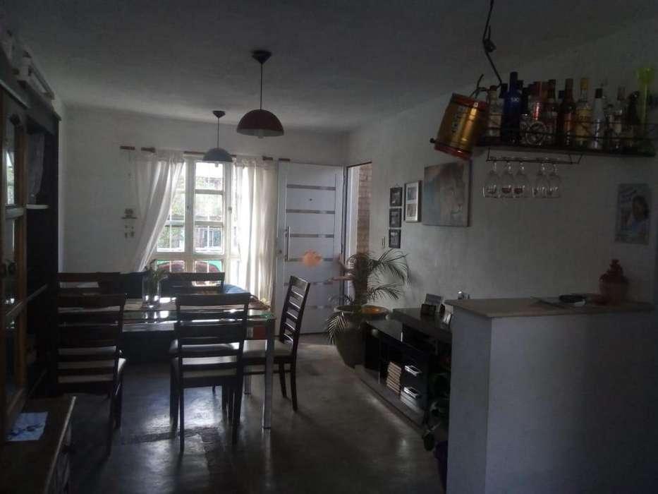 Villa Rivera Indarte 2 dormitorios exclente entorno y ubicación