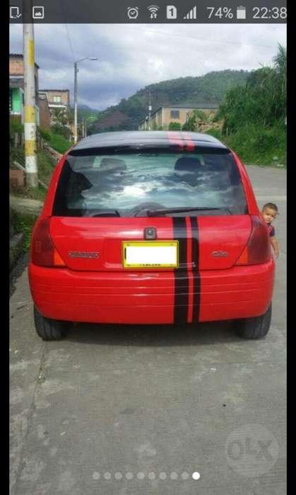 Renault Clio  2002 - 184000 km