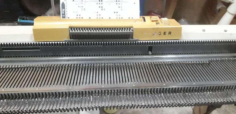 Maquina Fe Tejer Singer 321