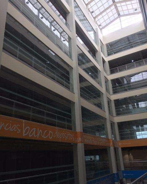VENDO, Oficina, Sexto de Piso: of. 601 de Estreno en Av. Huaylas (CC Galaxy Plaza), Chorrillos