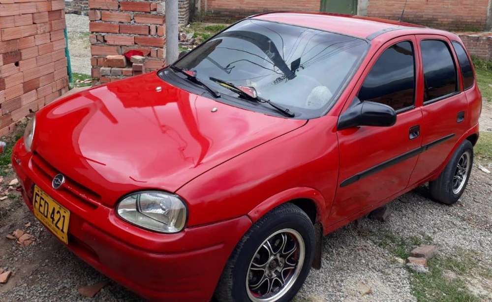 Chevrolet Corsa 4 Ptas. 2000 - 100000 km