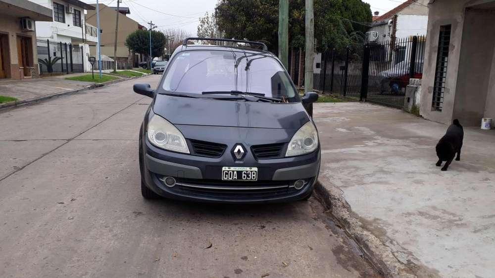 Renault Otro 2007 - 215000 km