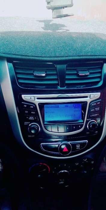 Hyundai Accent 2013 - 96000 km