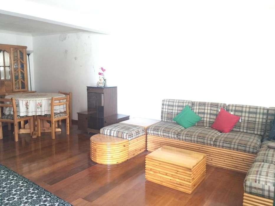 En renta Hermosa casa 5D en conjunto privado Sector Embajada Americana 4 baños patio terraza bbq