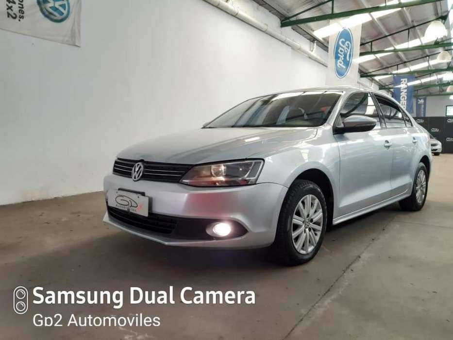 Volkswagen Vento 2011 - 100000 km