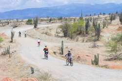 Tour Desierto de la Tatacoa en bicicleta Biking Trips Neiva