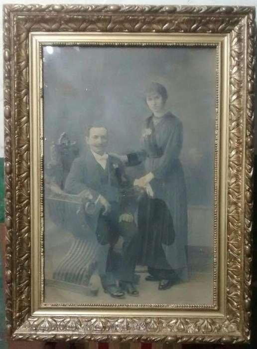 antiguo cuadro color bronce