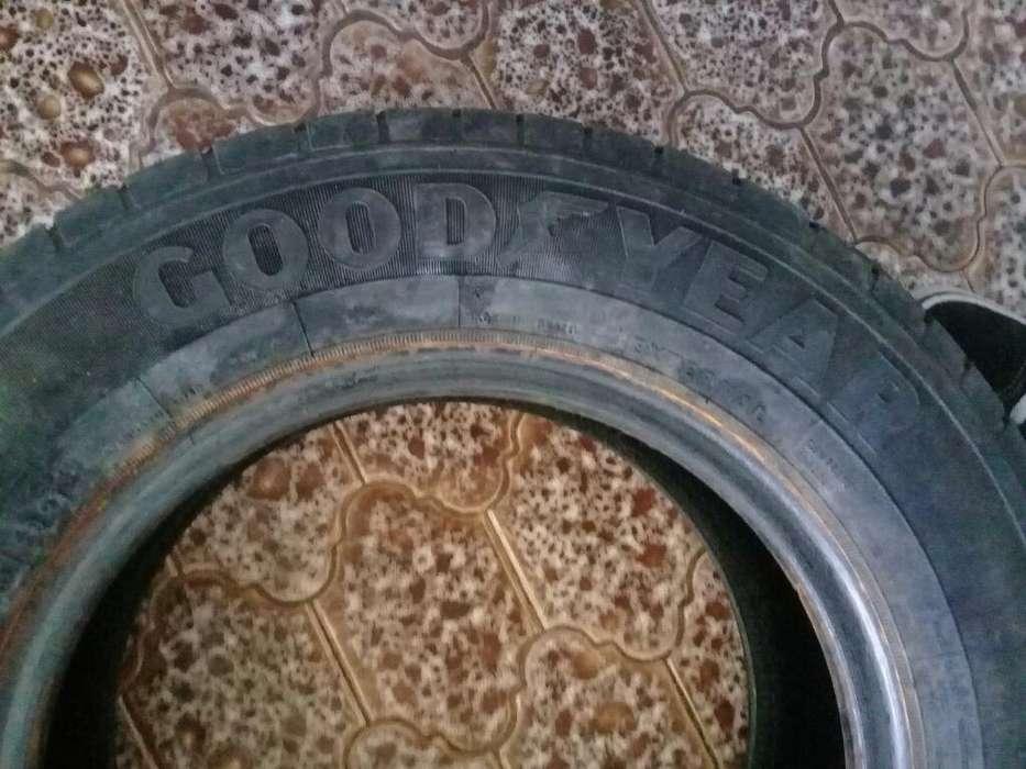 Neumático 175/70/13