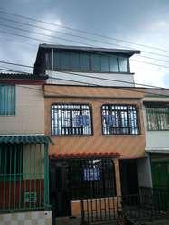 se arrienda casa muy amplia en la nueva brasilia