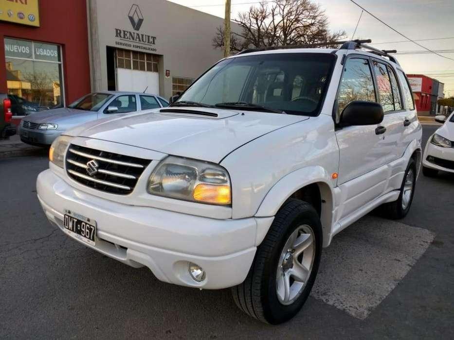 Chevrolet Grand Vitara 2001 - 254000 km