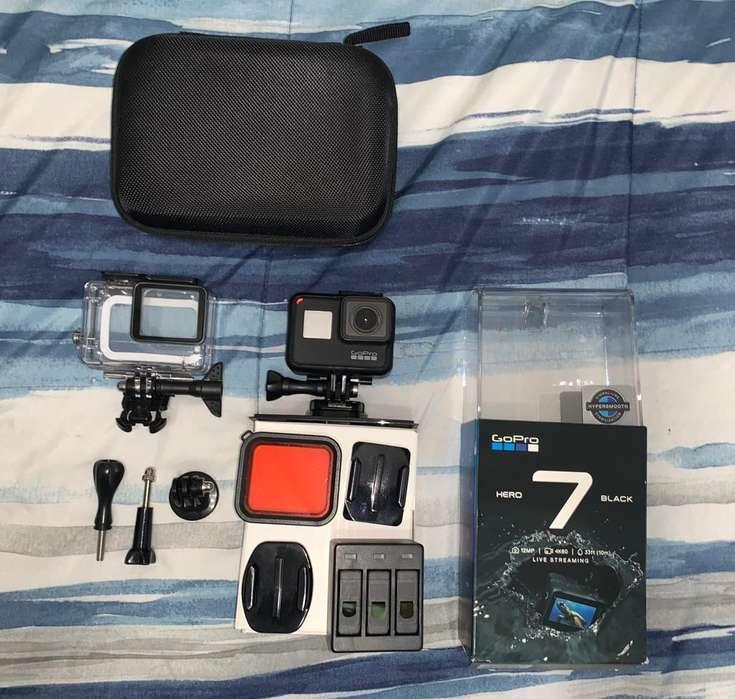 Camara Go Pro 7 Black con <strong>accesorios</strong>