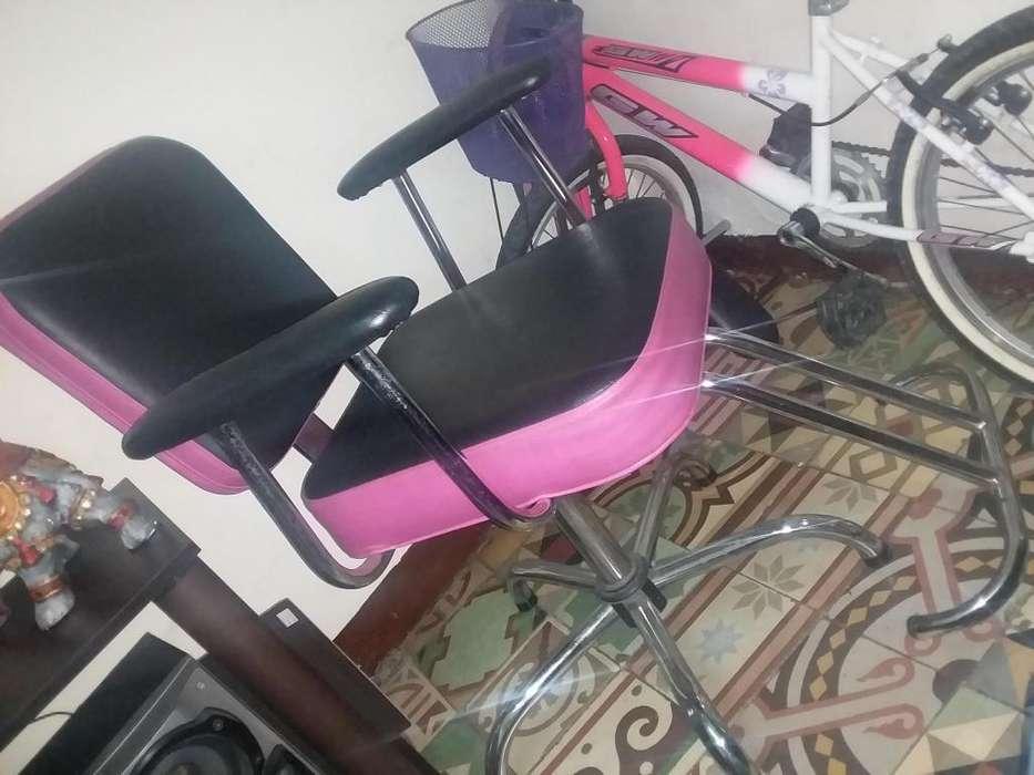 <strong>silla</strong> de peluqueria en muy buen esrado