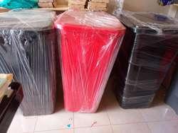 Tachos Plásticos de 10 Litros hasta 1600