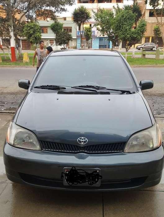 Toyota Otro 2001 - 126000 km