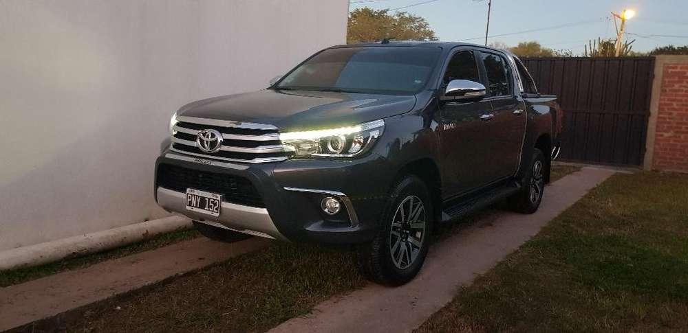 Toyota Hilux 2016 - 79000 km