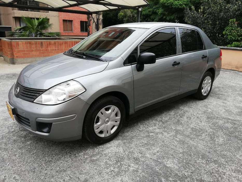 Nissan Tiida 2012 - 80000 km