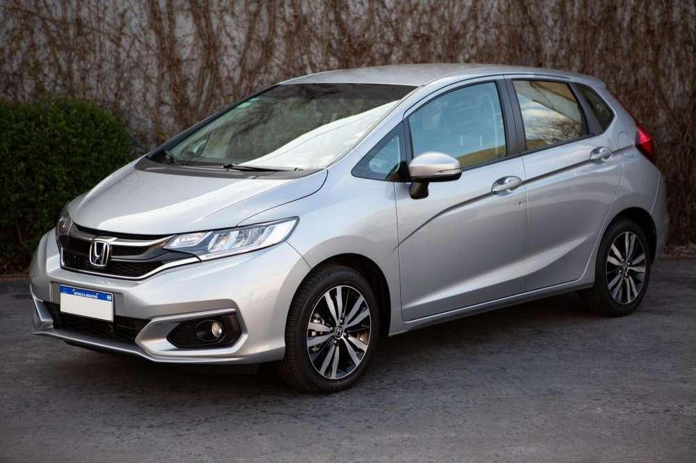 Honda Fit 2018 - 4589 km