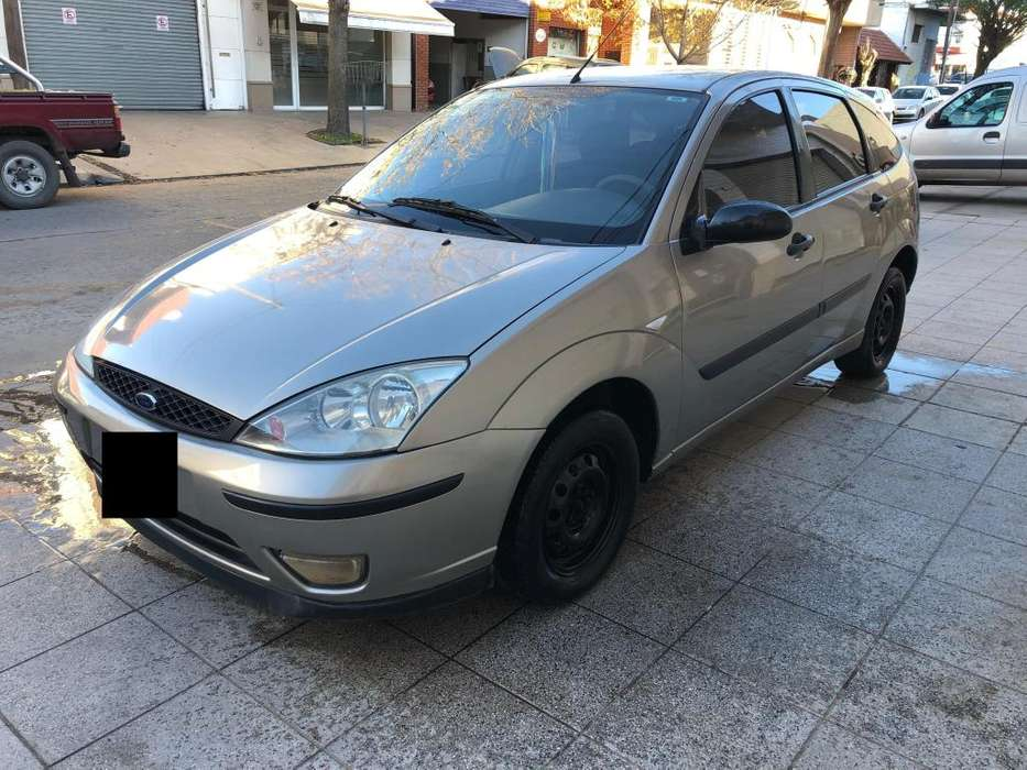 Ford Focus 2006 - 180000 km
