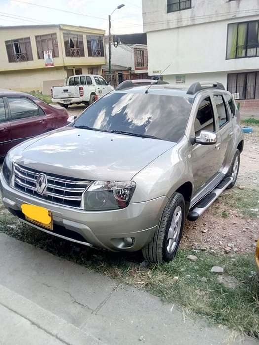 Renault Duster 2013 - 88000 km