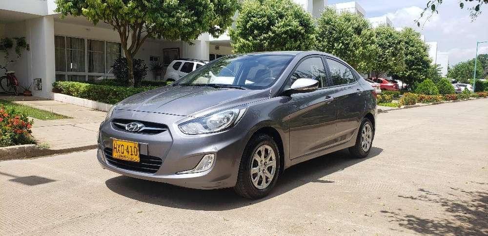 Hyundai Accent 2015 - 35000 km