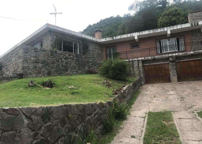 Casa en venta con vista panorámica a la <strong>ciudad</strong> 2250 metros de lote