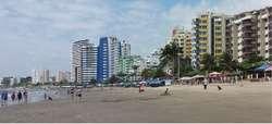 Alquiler de casa en playa Almendro Tonsupa