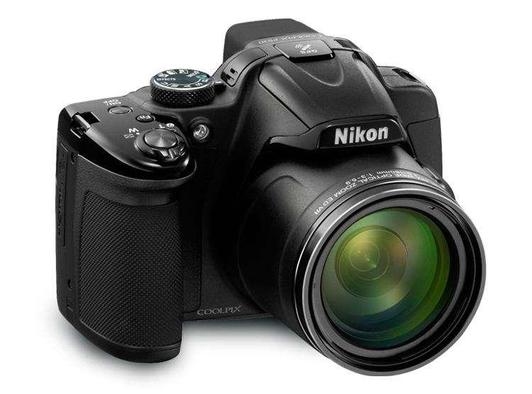 Cámara Nikon Coolpix P520 En Caja Muy Buen Estado con accesorios extra