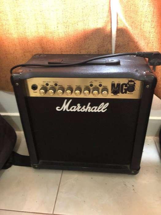 Amplificador Marshall Mg 15Fx