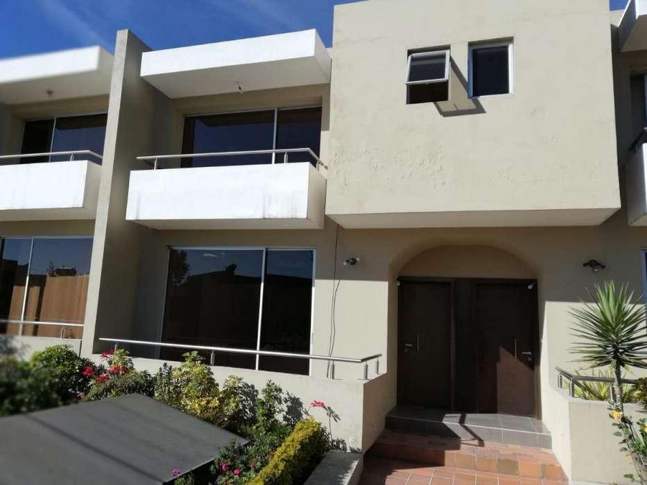 Casa de renta en Santa Lucía Alta