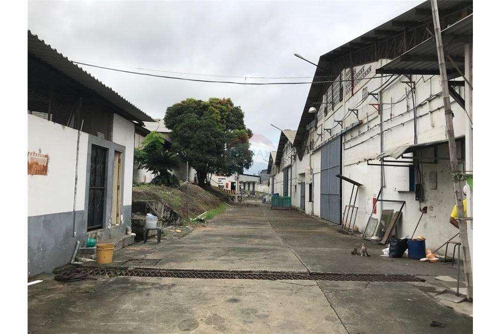 Bodega Industrial de Venta en Vía a Daule, Norte de Guayaquil
