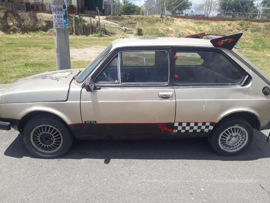 Fiat 147 1981 - 123 km