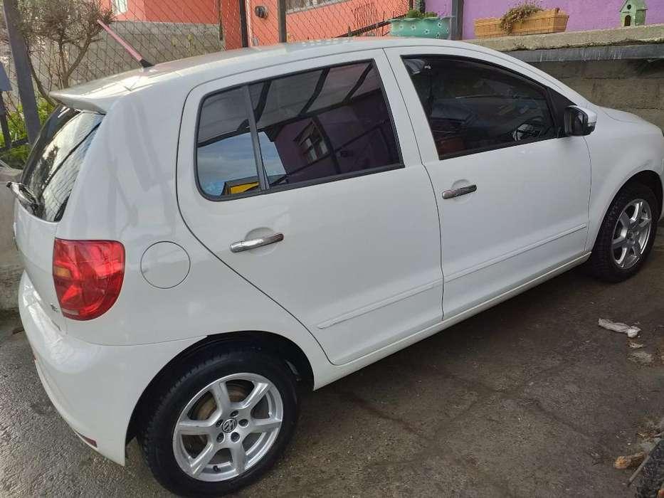 Volkswagen Fox 2013 - 49000 km
