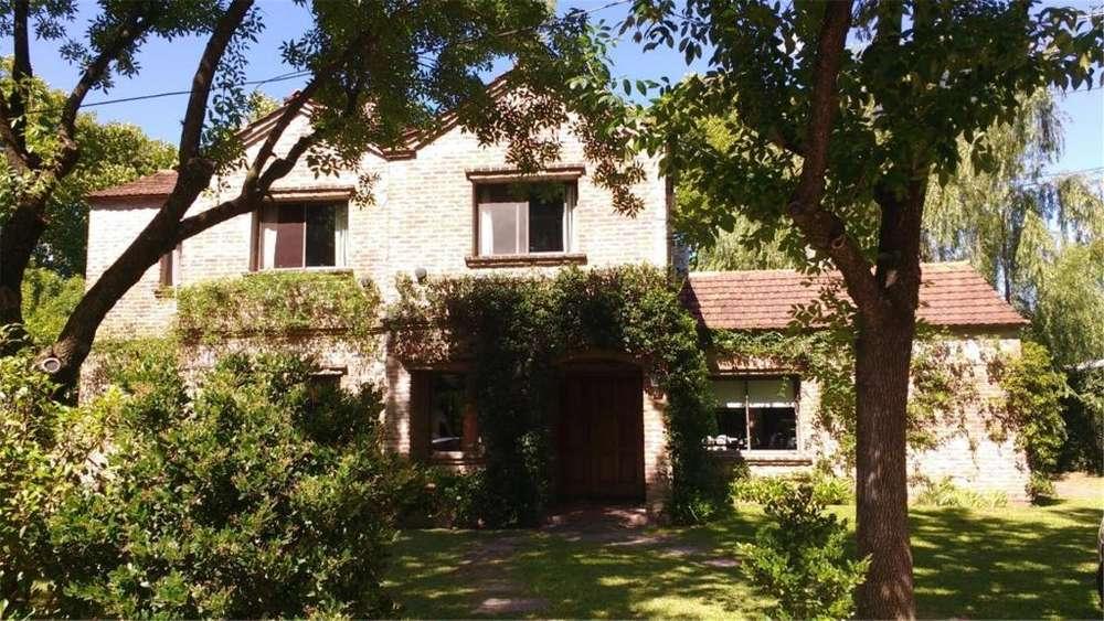 Alberto Willians 899 - UD 420.000 - Casa en Venta