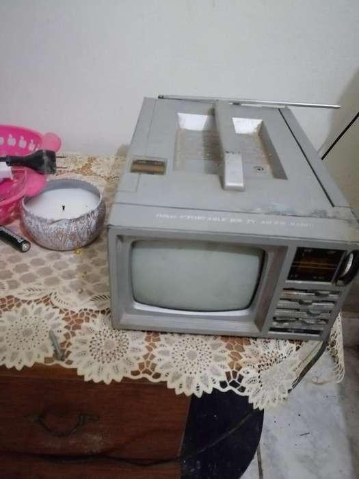 Tv B/n Radio Y