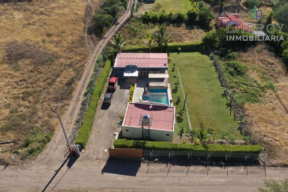 Hermosa quinta de venta en Yunguilla-Sta Isabel