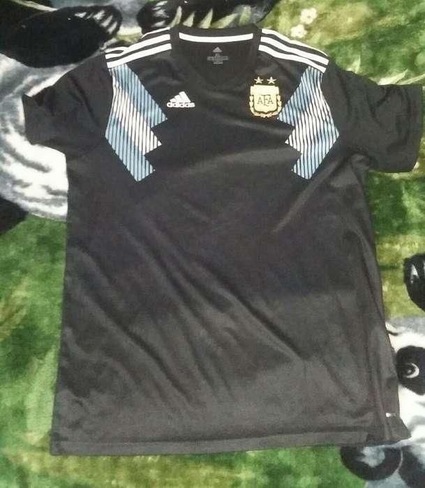 Camiseta Argentina Xl. Poco Uso