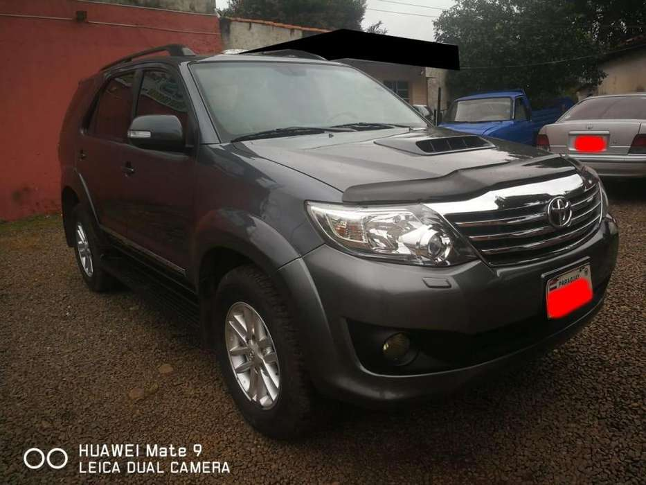 <strong>toyota</strong> Fortuner 2012 - 118000 km