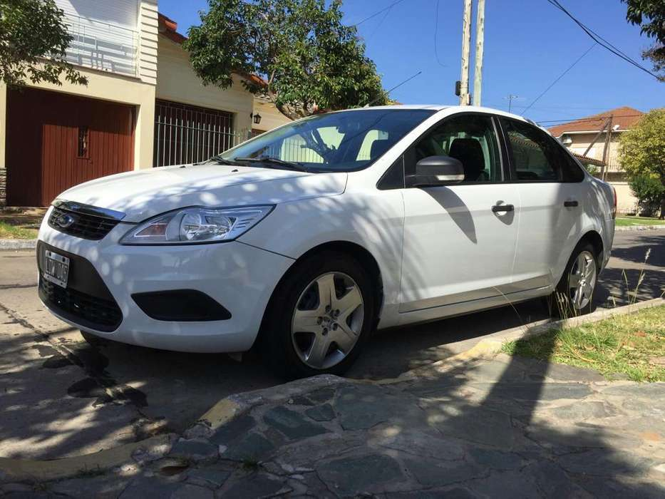 Ford Focus 2012 - 92000 km