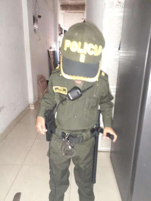 Se Vende Disfraz de Policia